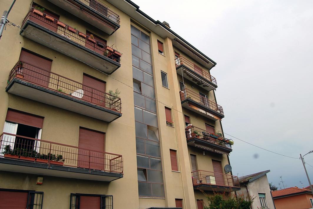 Bilocale Arcore Via Garibaldi 10