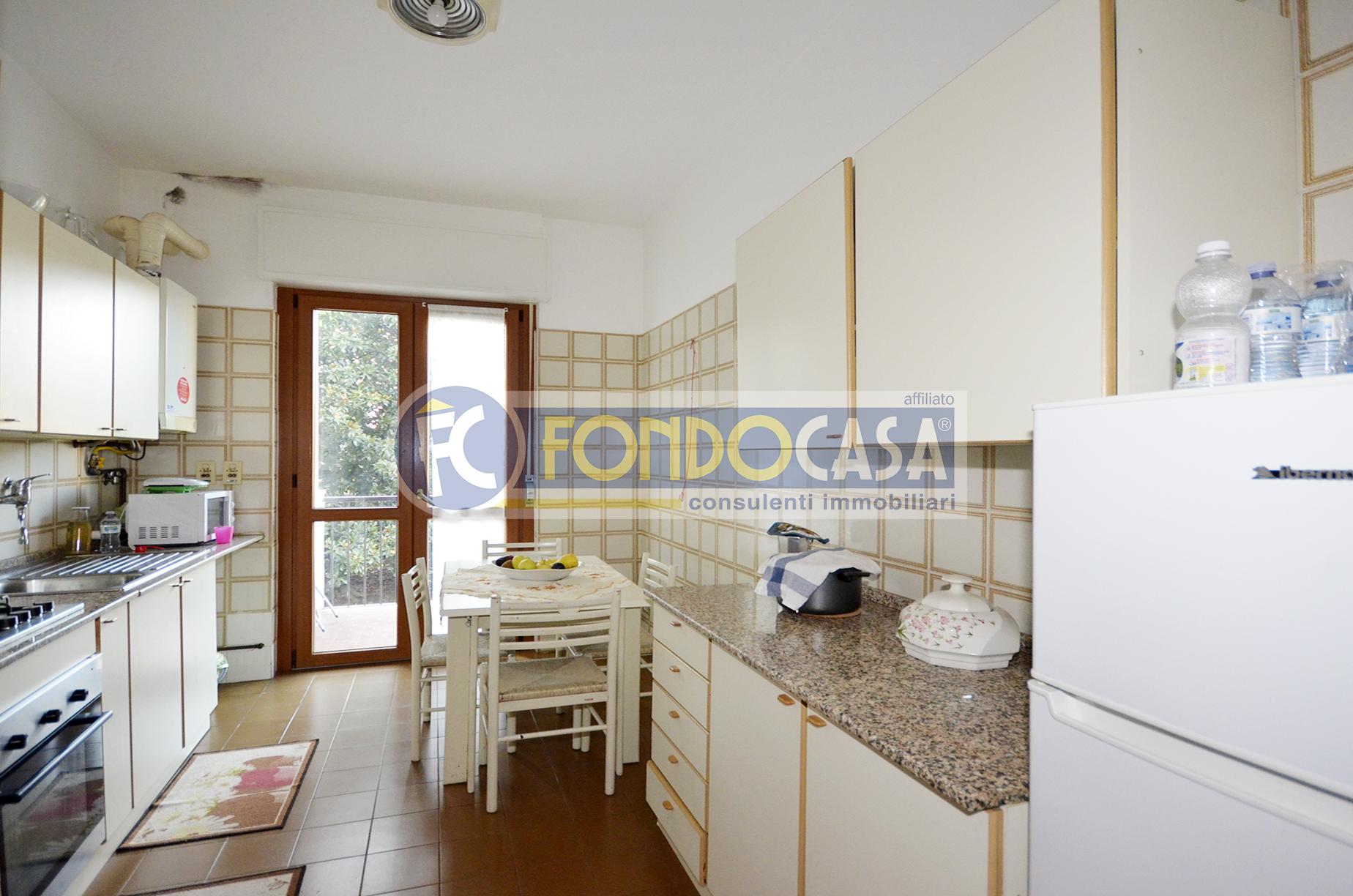 Bilocale Tavazzano con Villavesco Via Fratelli Cervi 2