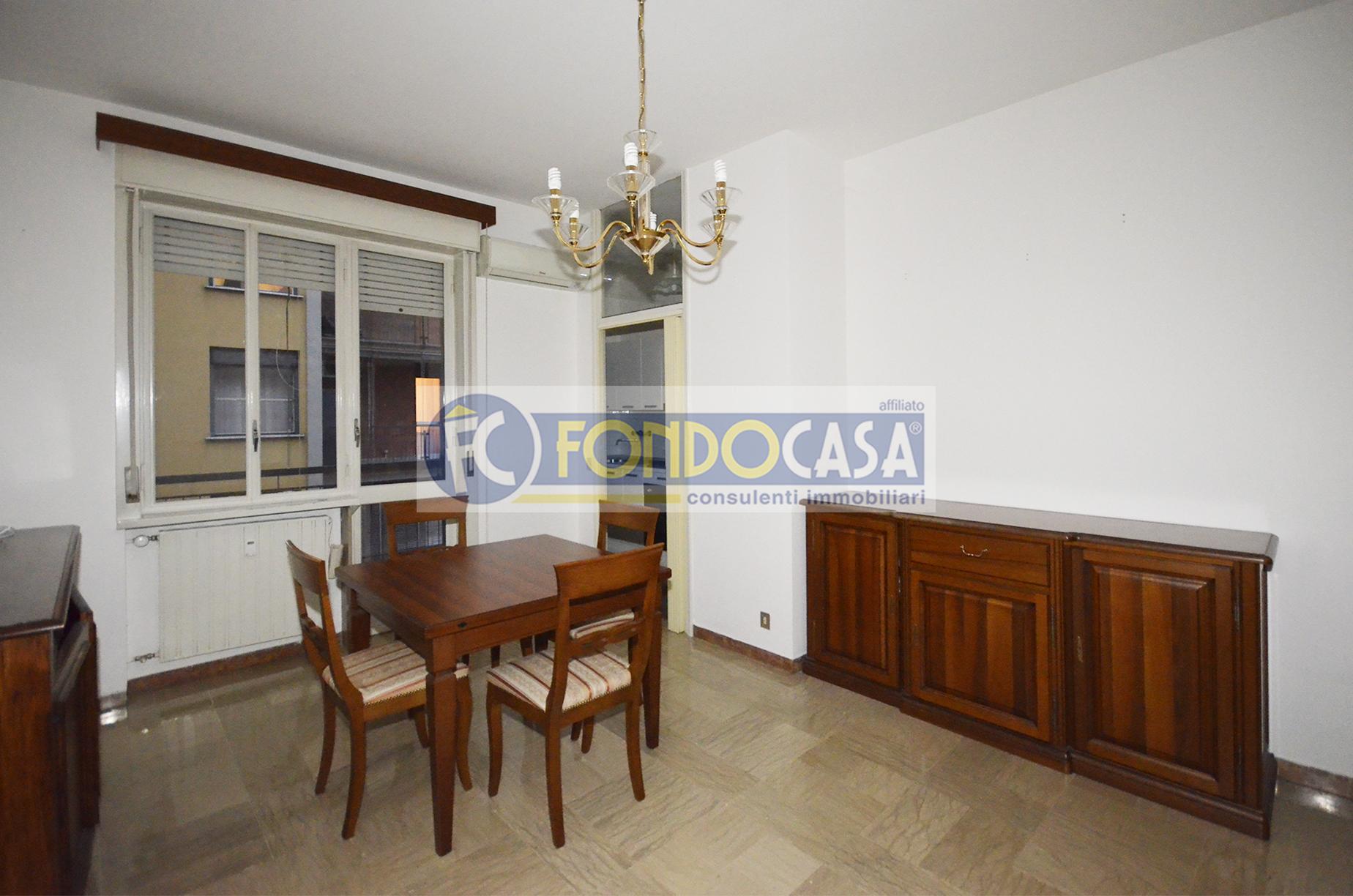 Bilocale Lodi Corso Mazzini 8
