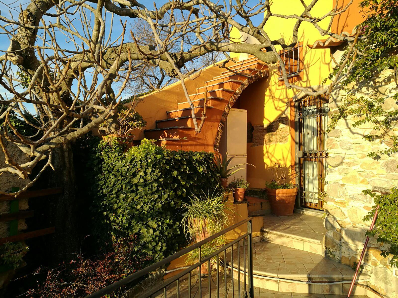 Rustico / Casale in vendita a Albenga, 5 locali, zona Zona: Bastia, prezzo € 270.000 | Cambio Casa.it