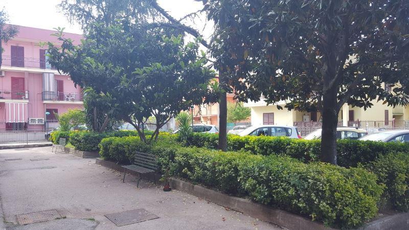 Appartamento in vendita a Brusciano, 3 locali, prezzo € 85.000 | CambioCasa.it