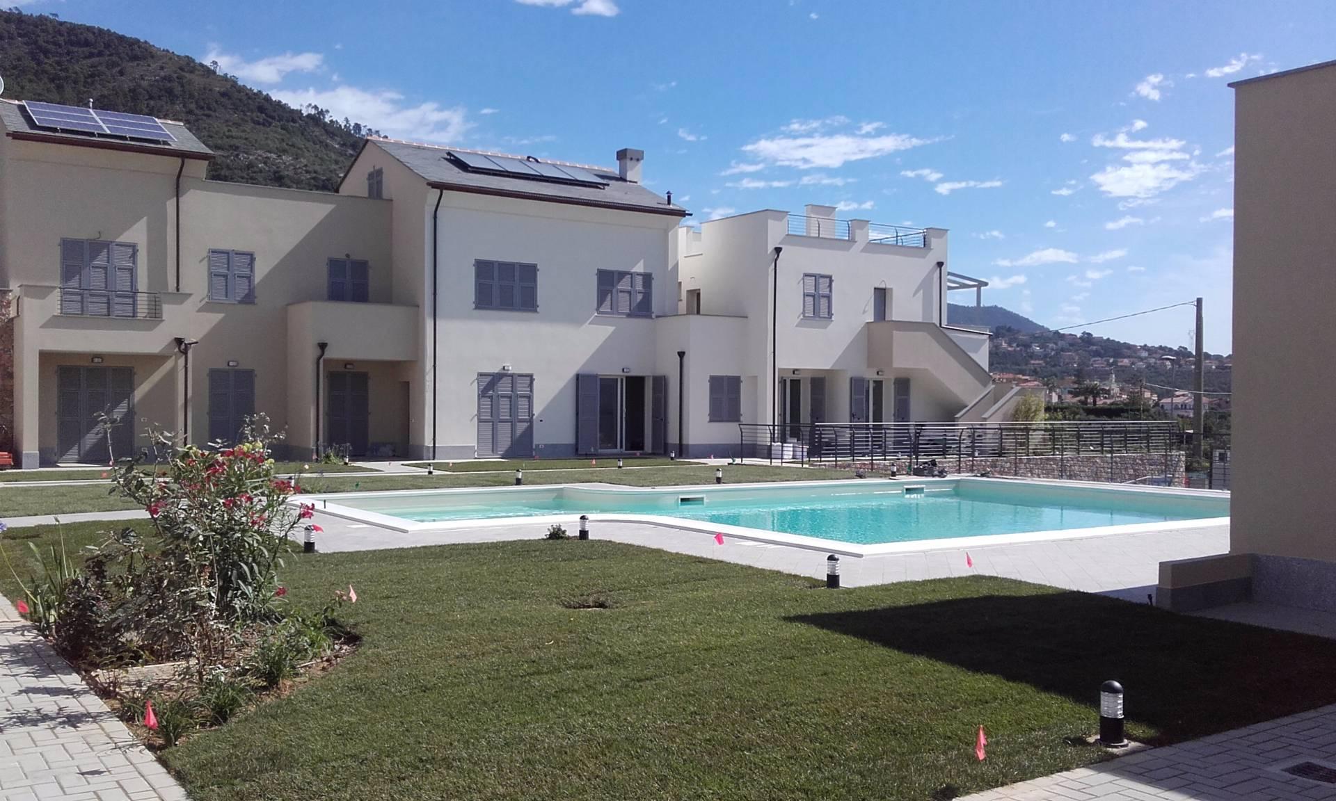 Appartamento in vendita a Boissano, 4 locali, prezzo € 293.000   CambioCasa.it