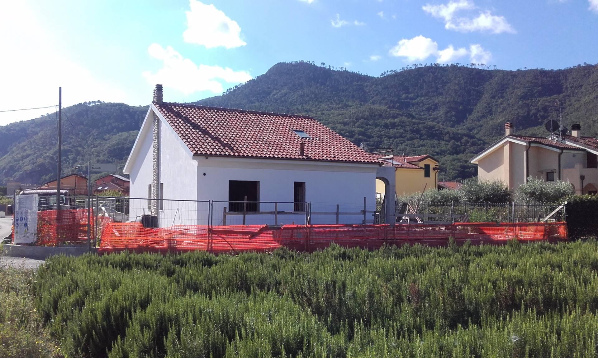 Villa in vendita a Villanova d'Albenga, 5 locali, prezzo € 480.000 | CambioCasa.it
