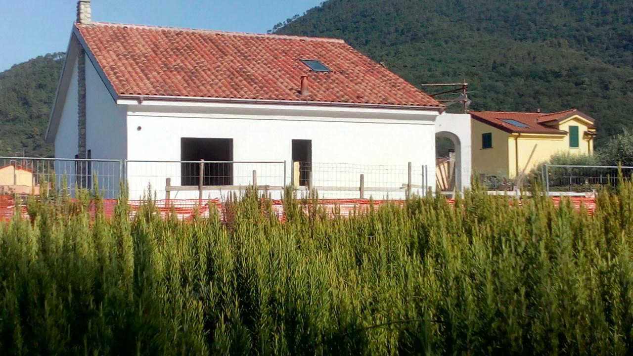Villa in vendita a Villanova d'Albenga, 4 locali, Trattative riservate | CambioCasa.it