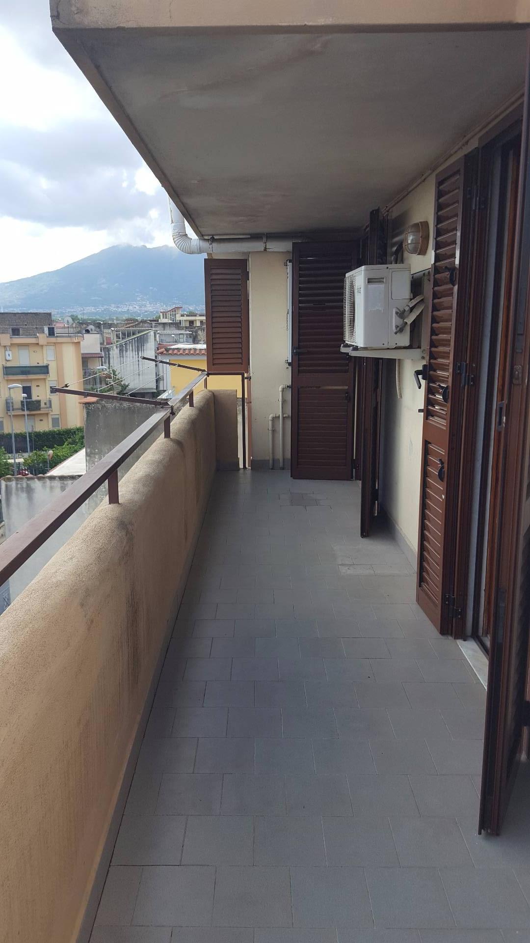 Attico / Mansarda in affitto a Mariglianella, 3 locali, prezzo € 360 | CambioCasa.it
