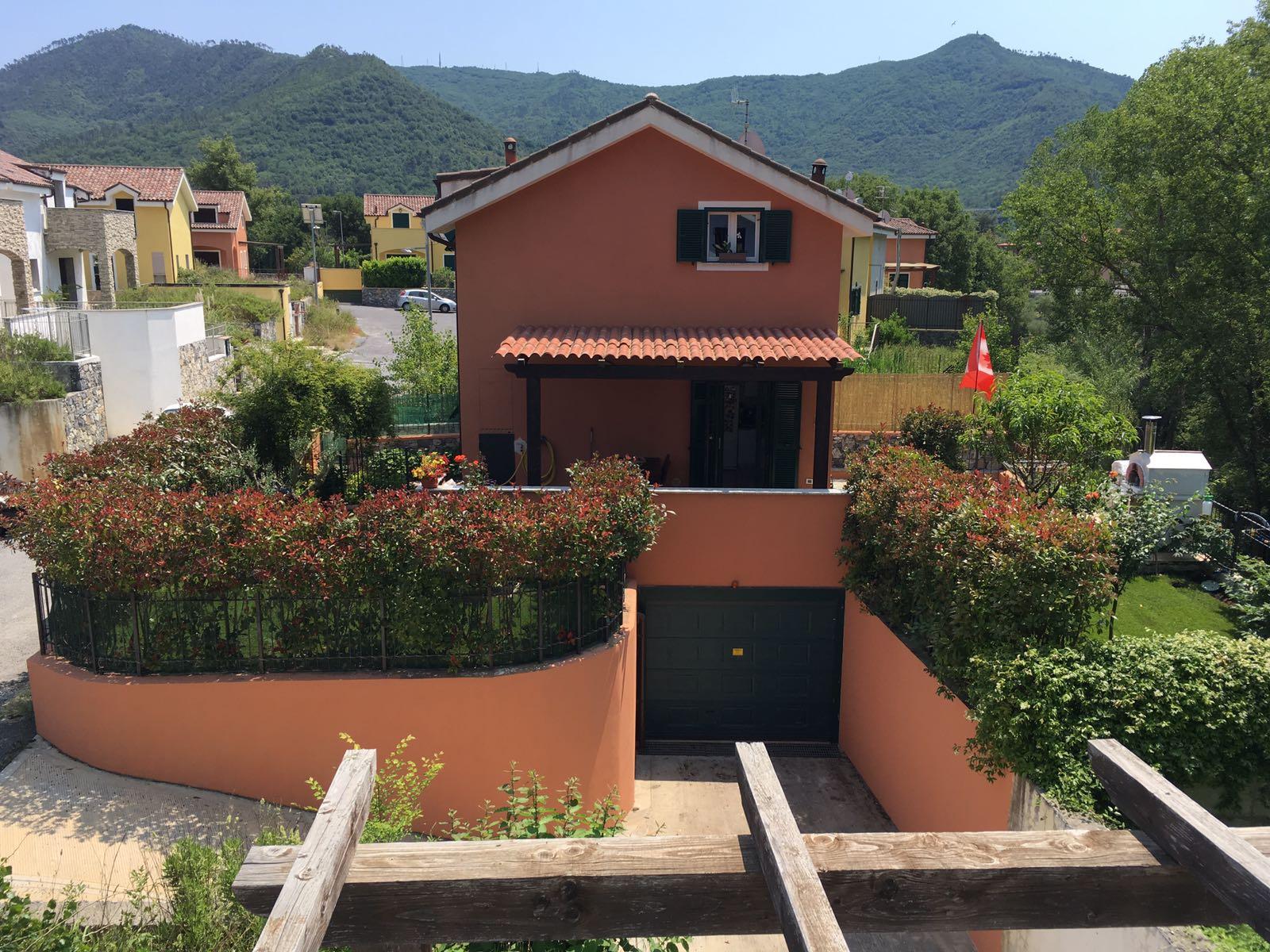 Villa in vendita a Villanova d'Albenga, 4 locali, zona Zona: Ligo, prezzo € 350.000 | CambioCasa.it