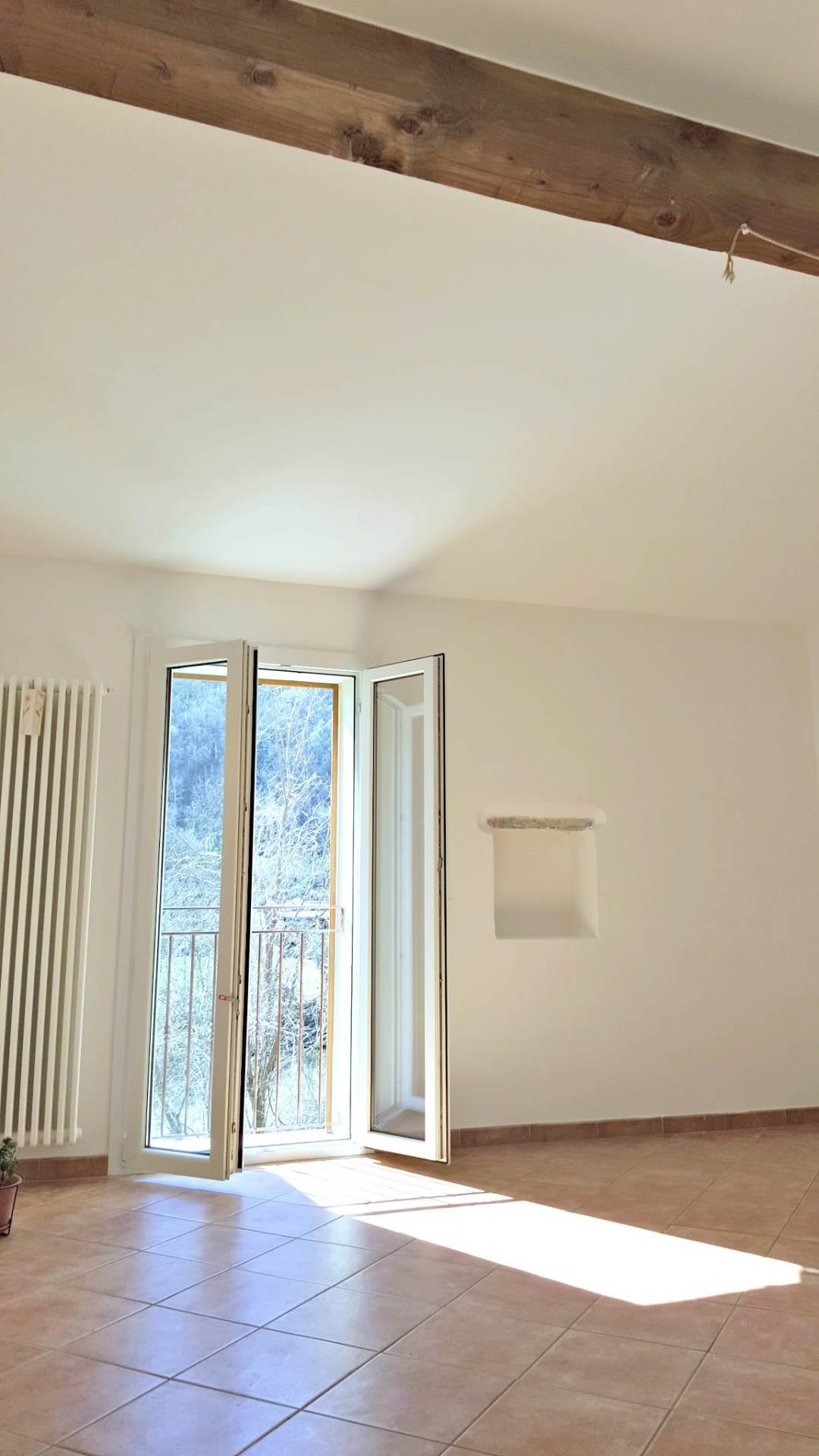 Rustico / Casale in vendita a Ortovero, 4 locali, prezzo € 190.000   CambioCasa.it