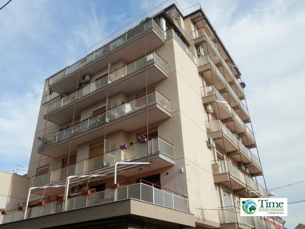 Attico / Mansarda in vendita a Catania, 5 locali, zona Località: ZonaCibali, prezzo € 180.000 | CambioCasa.it