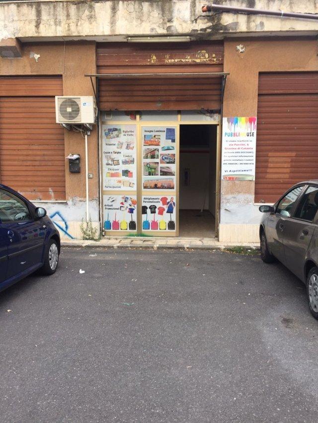 Negozio / Locale in vendita a Gravina di Catania, 9999 locali, zona Località: Centrocivico, prezzo € 50.000 | CambioCasa.it