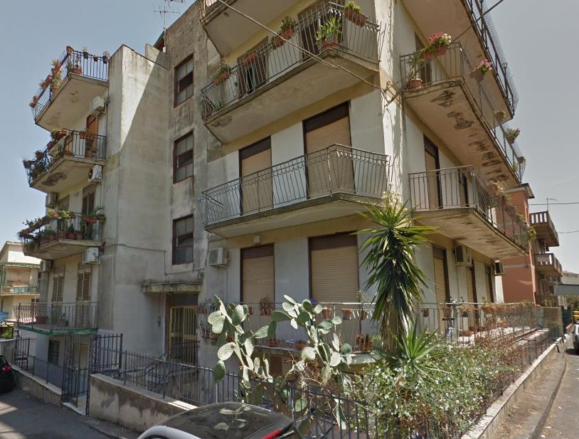 Appartamento in vendita a Gravina di Catania, 3 locali, zona Località: Centrocivico, prezzo € 80.000 | CambioCasa.it