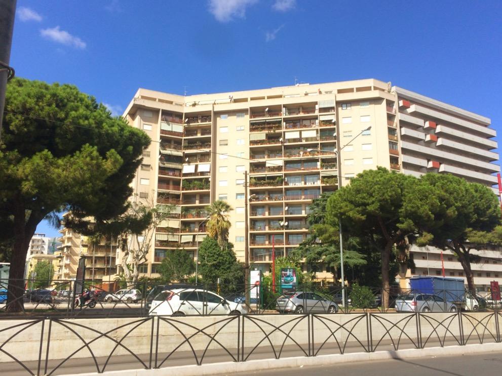 Appartamento in affitto a Palermo, 4 locali, zona Località: Telesino, prezzo € 650 | CambioCasa.it