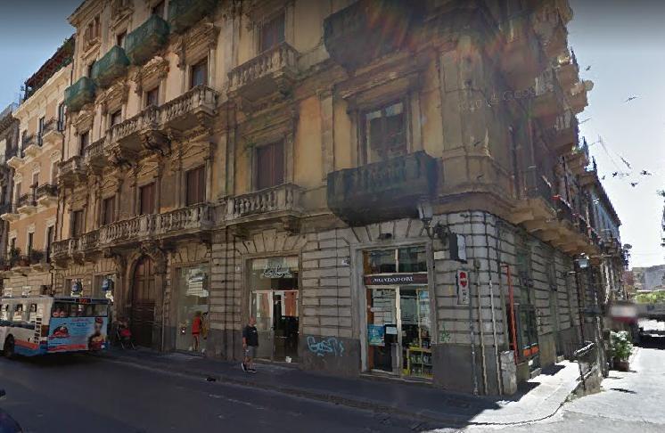 Negozio / Locale in affitto a Catania, 9999 locali, prezzo € 1.200 | CambioCasa.it