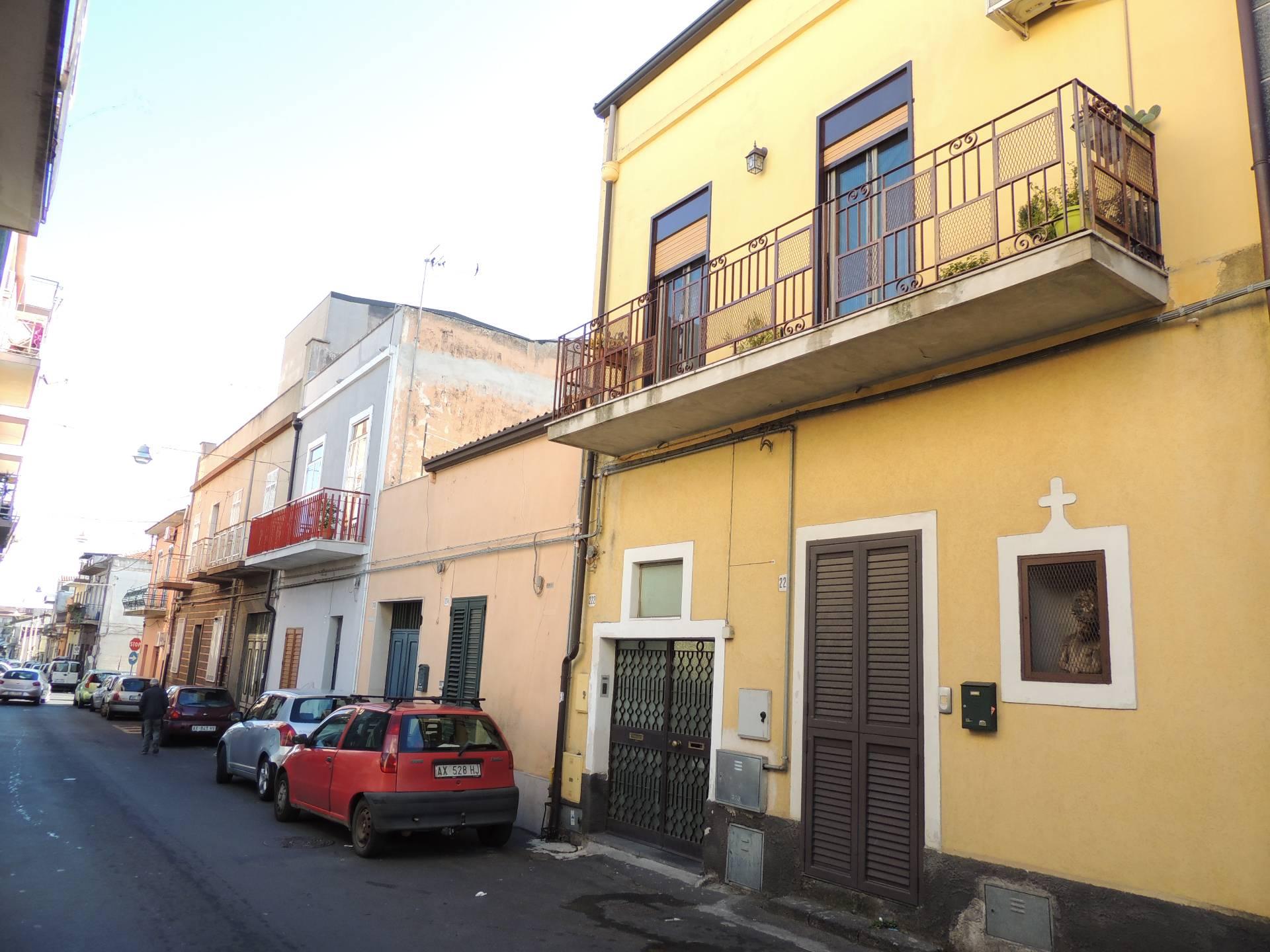 Appartamento in vendita a Gravina di Catania, 2 locali, zona Località: Centro, prezzo € 76.000 | CambioCasa.it
