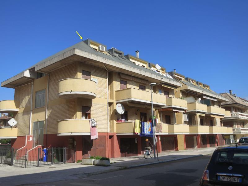 Appartamento in vendita a Martinsicuro, 3 locali, prezzo € 62.000 | CambioCasa.it