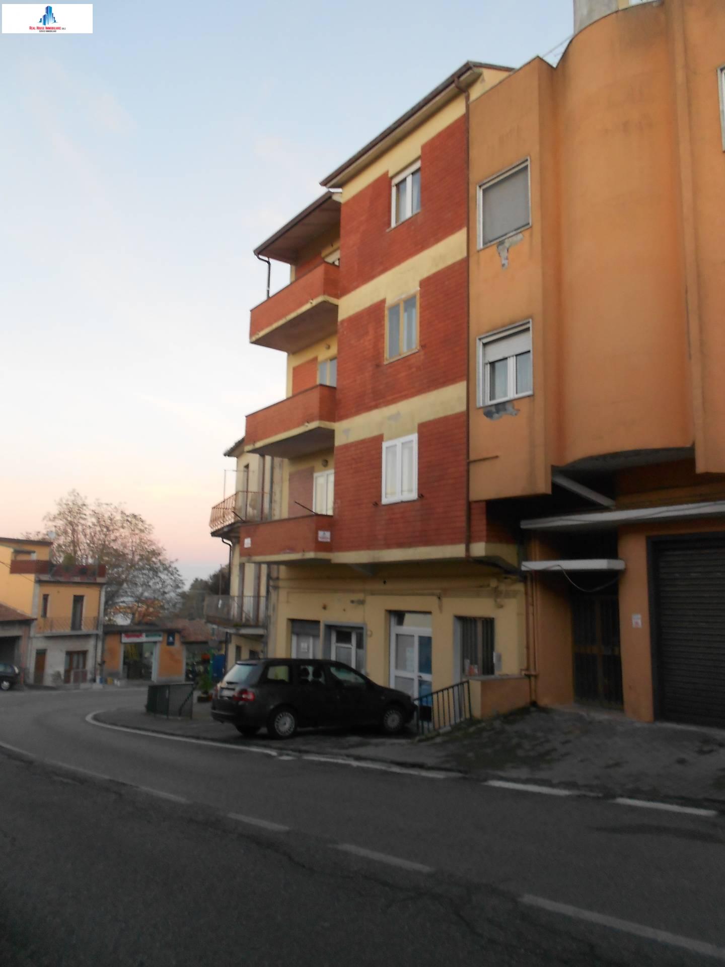 Appartamento in vendita a Ariano Irpino, 3 locali, zona Località: vianazionale, prezzo € 75.000 | CambioCasa.it