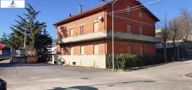 Multiproprietà in vendita a Savignano Irpino, 20 locali, prezzo € 160.000 | CambioCasa.it