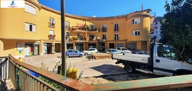 Negozio / Locale in affitto a Ariano Irpino, 9999 locali, zona Località: sanleonardo, prezzo € 350 | CambioCasa.it