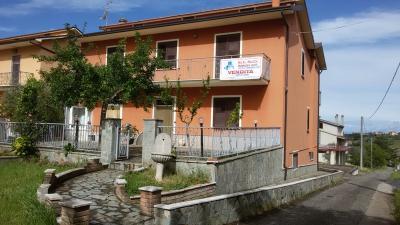 Villa a schiera in Vendita a Ariano Irpino