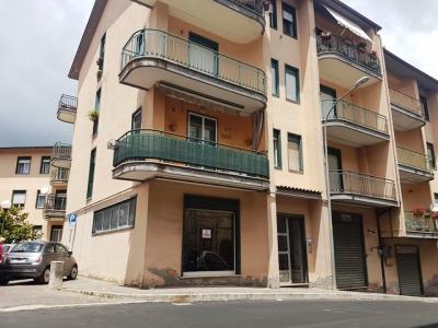 Locale commerciale in Vendita a Ariano Irpino