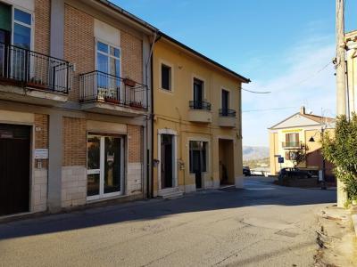 Soluzione Semindipendente in Vendita a Montecalvo Irpino