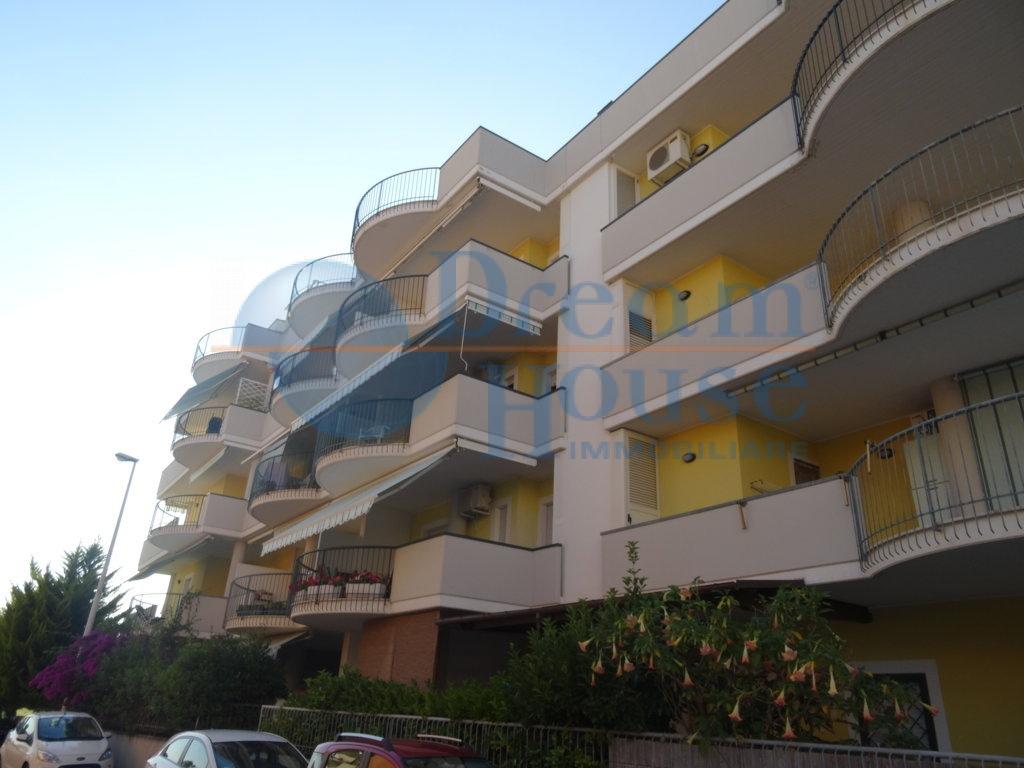 Bilocale Alba Adriatica Via Malta 1