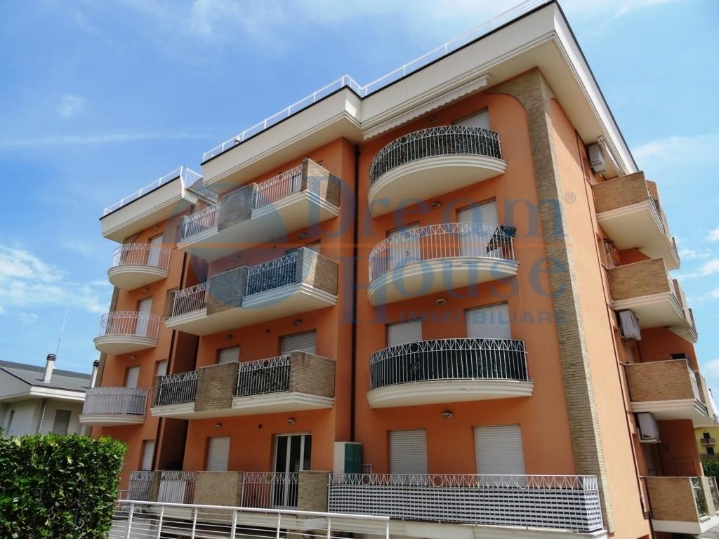 vendita appartamento alba adriatica zona sud  118000 euro  3 locali  60 mq