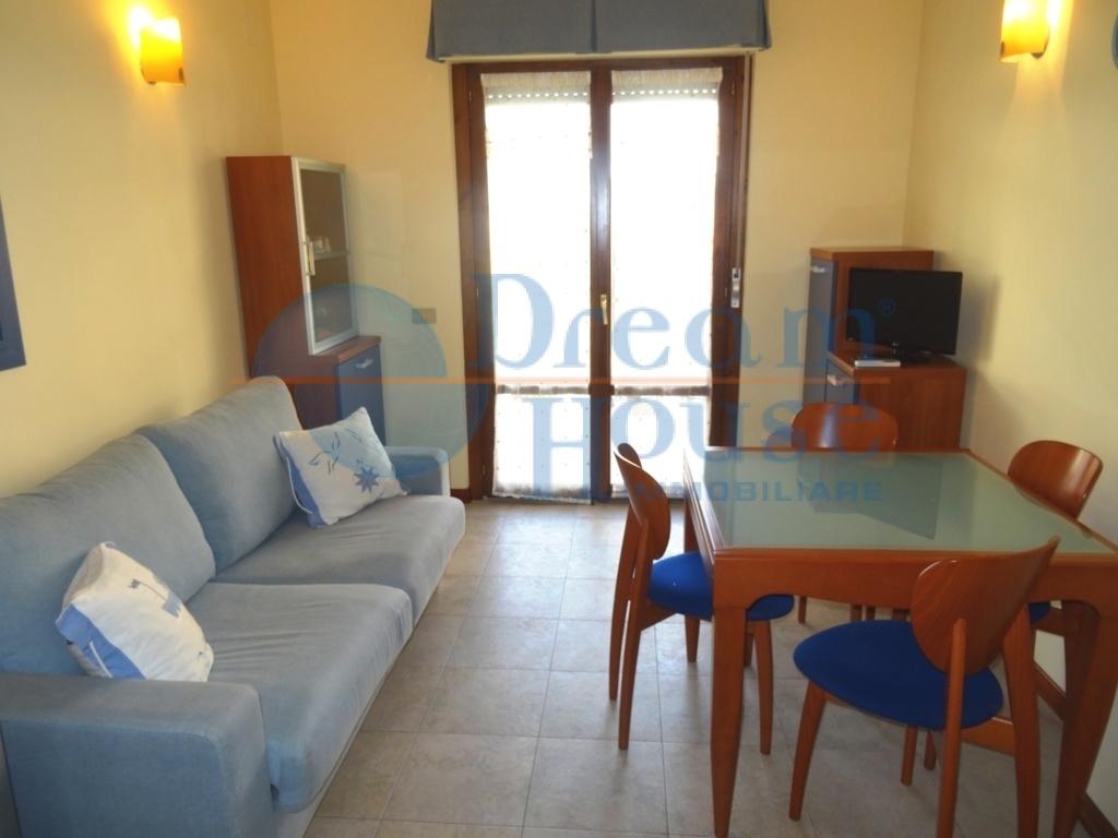 vendita appartamento alba adriatica villa fiore/pinete  99000 euro  2 locali  42 mq