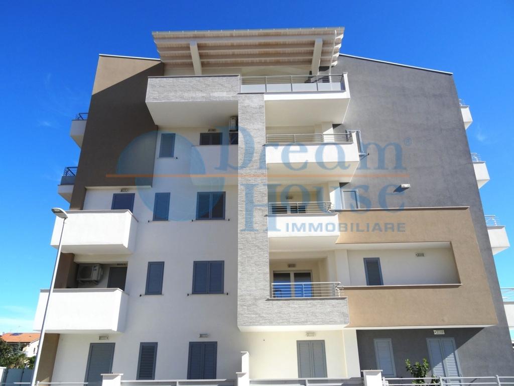 vendita appartamento tortoreto tortoreto lido  175000 euro  3 locali  72 mq