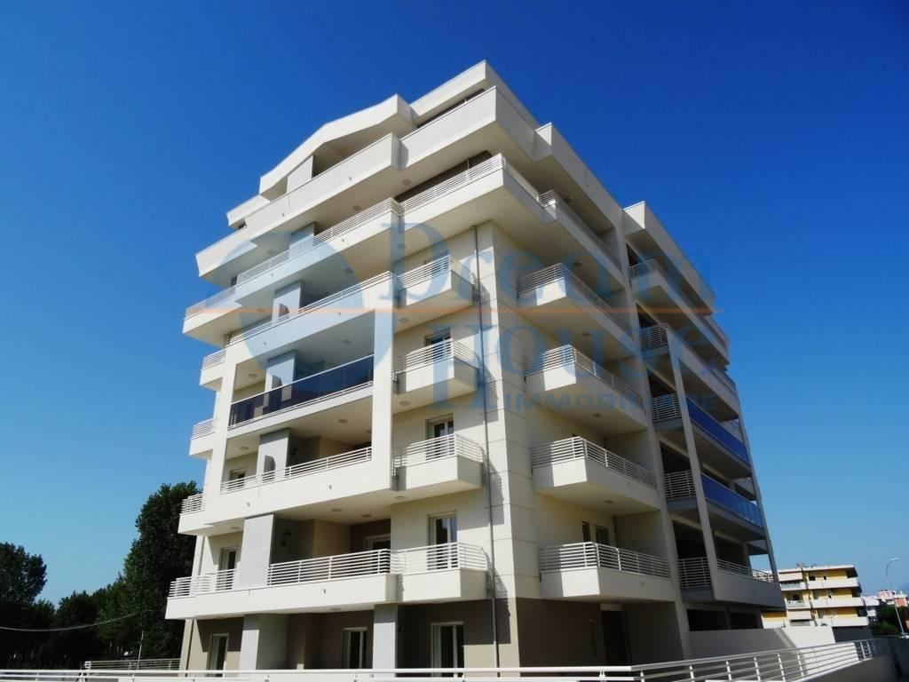 Attico / Mansarda in vendita a Alba Adriatica, 3 locali, zona Località: VillaFiore/Pinete, prezzo € 236.000 | PortaleAgenzieImmobiliari.it
