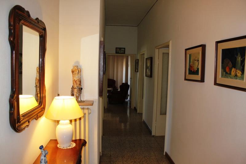 Appartamento in vendita a Polverigi, 6 locali, zona Località: Semicentro, prezzo € 65.000 | Cambio Casa.it