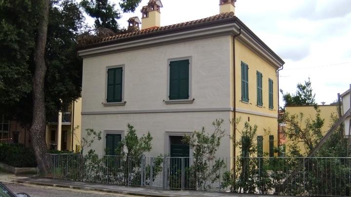 Appartamento in vendita a Agugliano, 4 locali, zona Località: Semicentro, prezzo € 160.000 | Cambio Casa.it