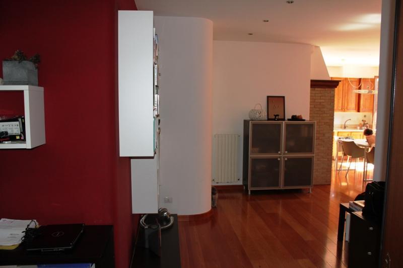 Appartamento in vendita a Agugliano, 3 locali, zona Località: CasteldEmilio, prezzo € 130.000 | Cambio Casa.it