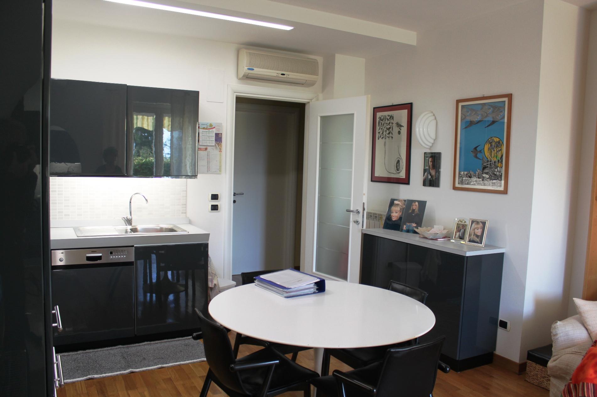 Appartamento in vendita a Offagna, 3 locali, prezzo € 129.000 | Cambio Casa.it