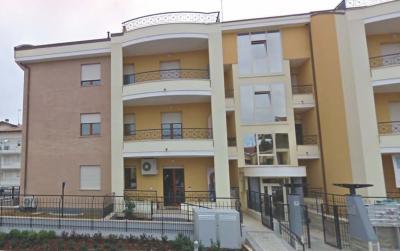 Attività Commerciale in Affitto a Giulianova