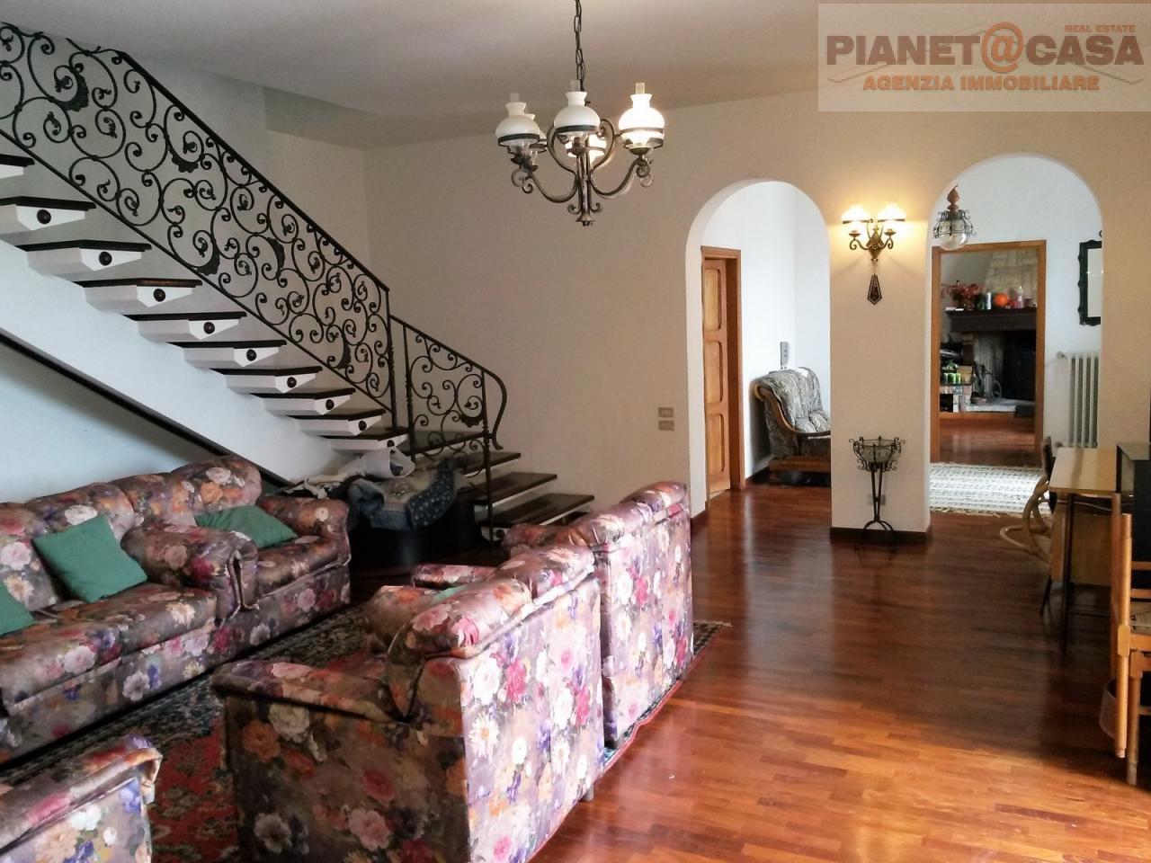 Villa in affitto a Monteprandone, 10 locali, prezzo € 1.200 | Cambio Casa.it