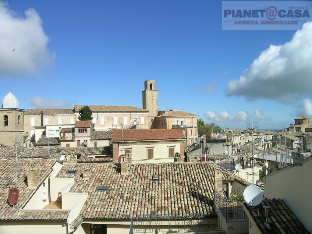 Appartamento in vendita a Ripatransone, 3 locali, Trattative riservate | Cambio Casa.it