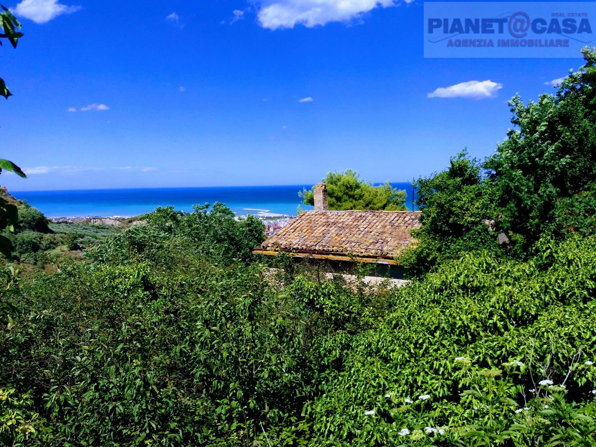 Rustico / Casale in vendita a San Benedetto del Tronto, 8 locali, Trattative riservate | Cambio Casa.it