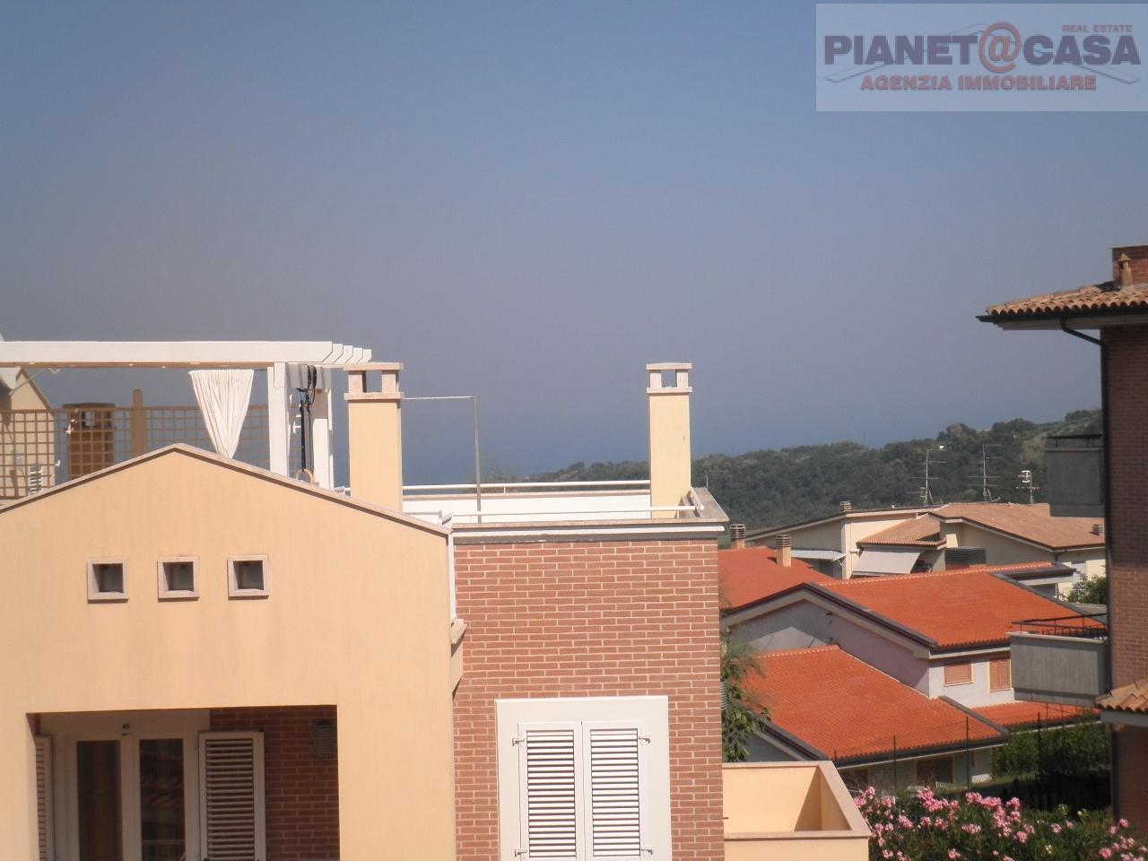 Appartamento in vendita a Acquaviva Picena, 3 locali, prezzo € 119.000 | CambioCasa.it