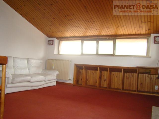 Appartamento in vendita a Falerone, 3 locali, prezzo € 55.000 | CambioCasa.it