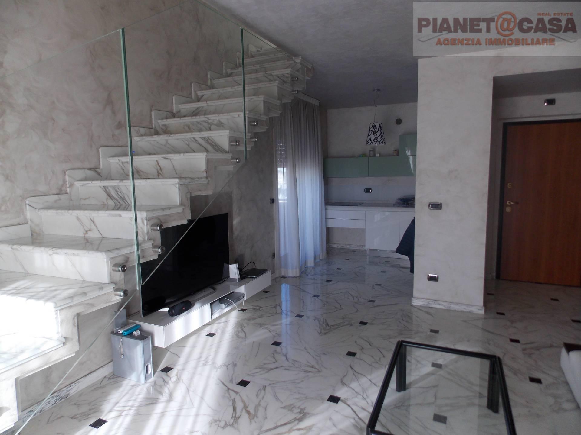 Appartamento in vendita a Spinetoli, 6 locali, zona Località: PAGLIAREDELTRONTO, Trattative riservate   CambioCasa.it