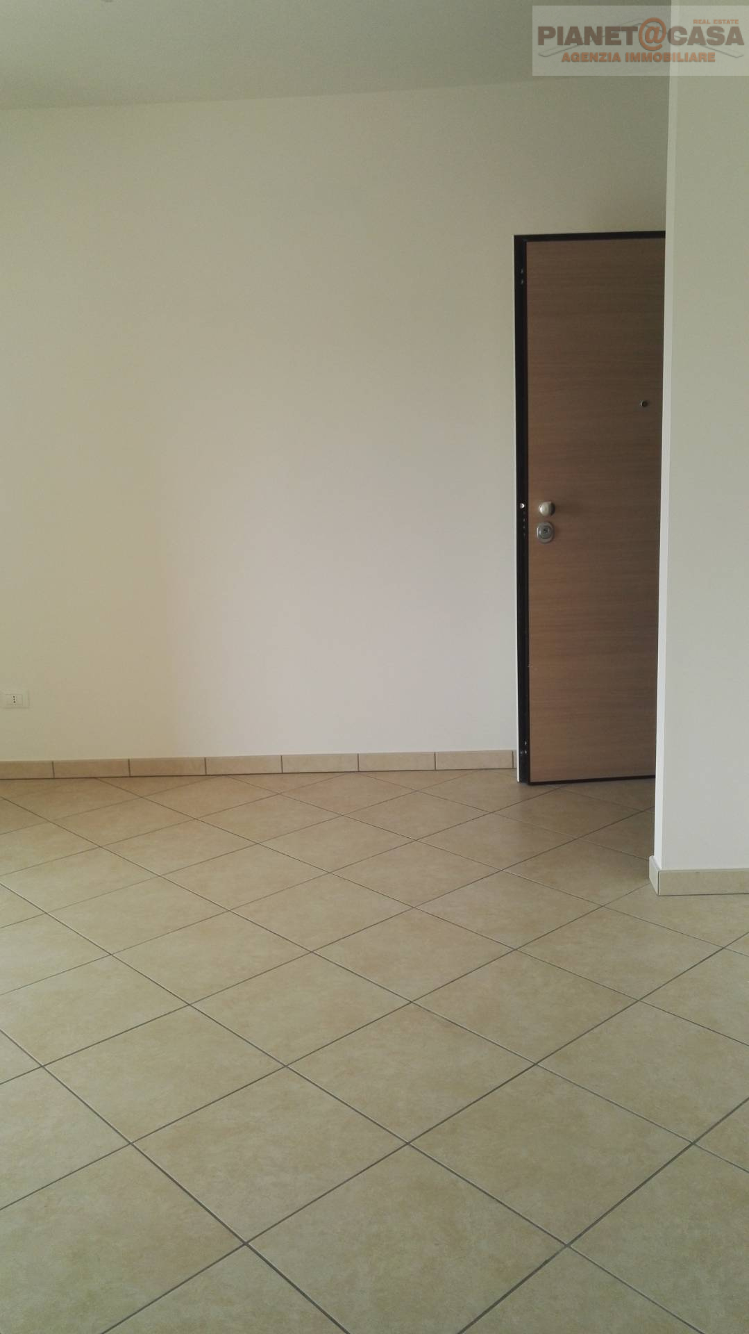 Appartamento in vendita a Martinsicuro, 3 locali, zona Località: VILLAROSA, prezzo € 123.000 | CambioCasa.it