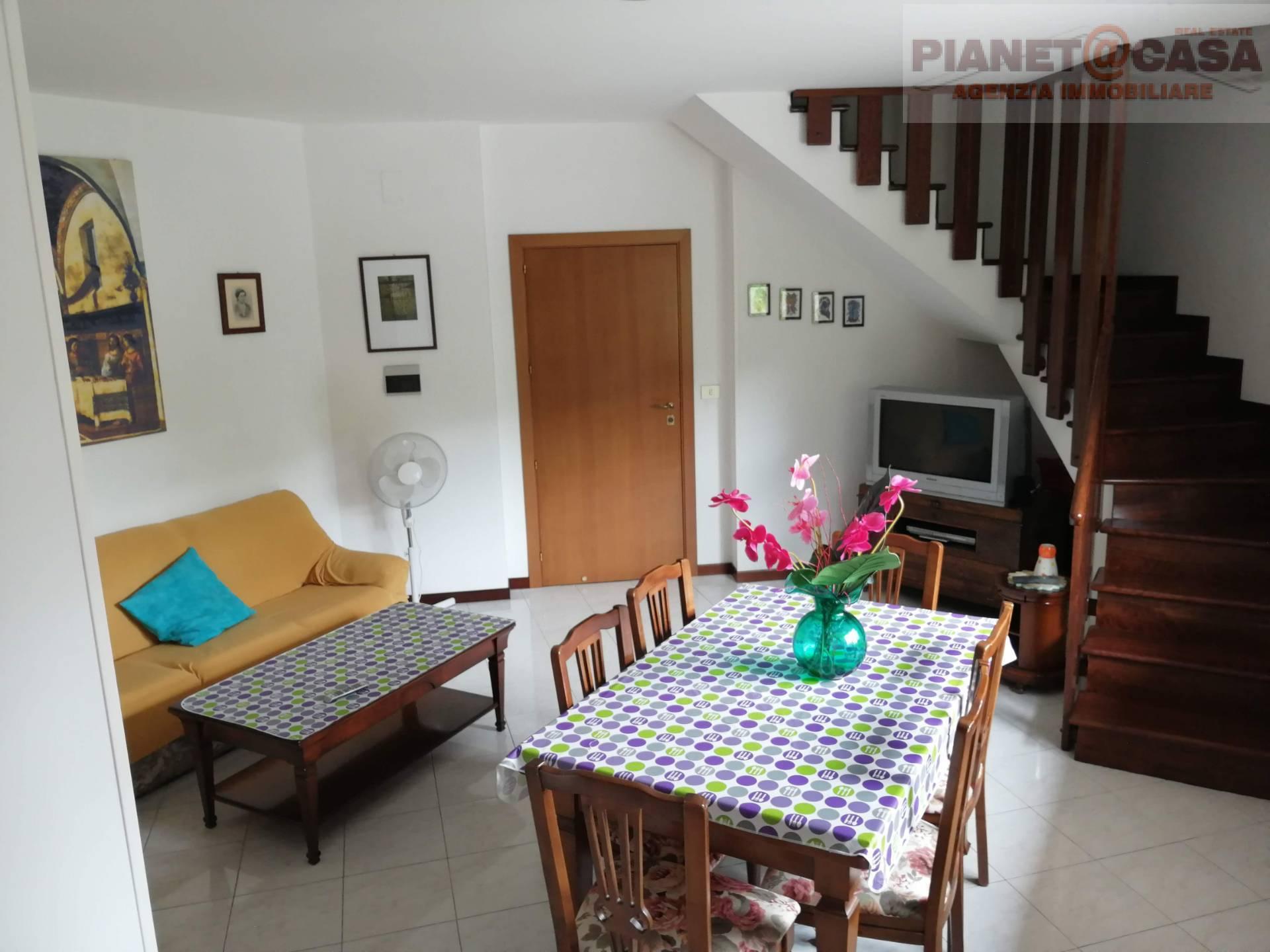 Appartamento in vendita a Castel di Lama, 7 locali, prezzo € 139.000 | CambioCasa.it