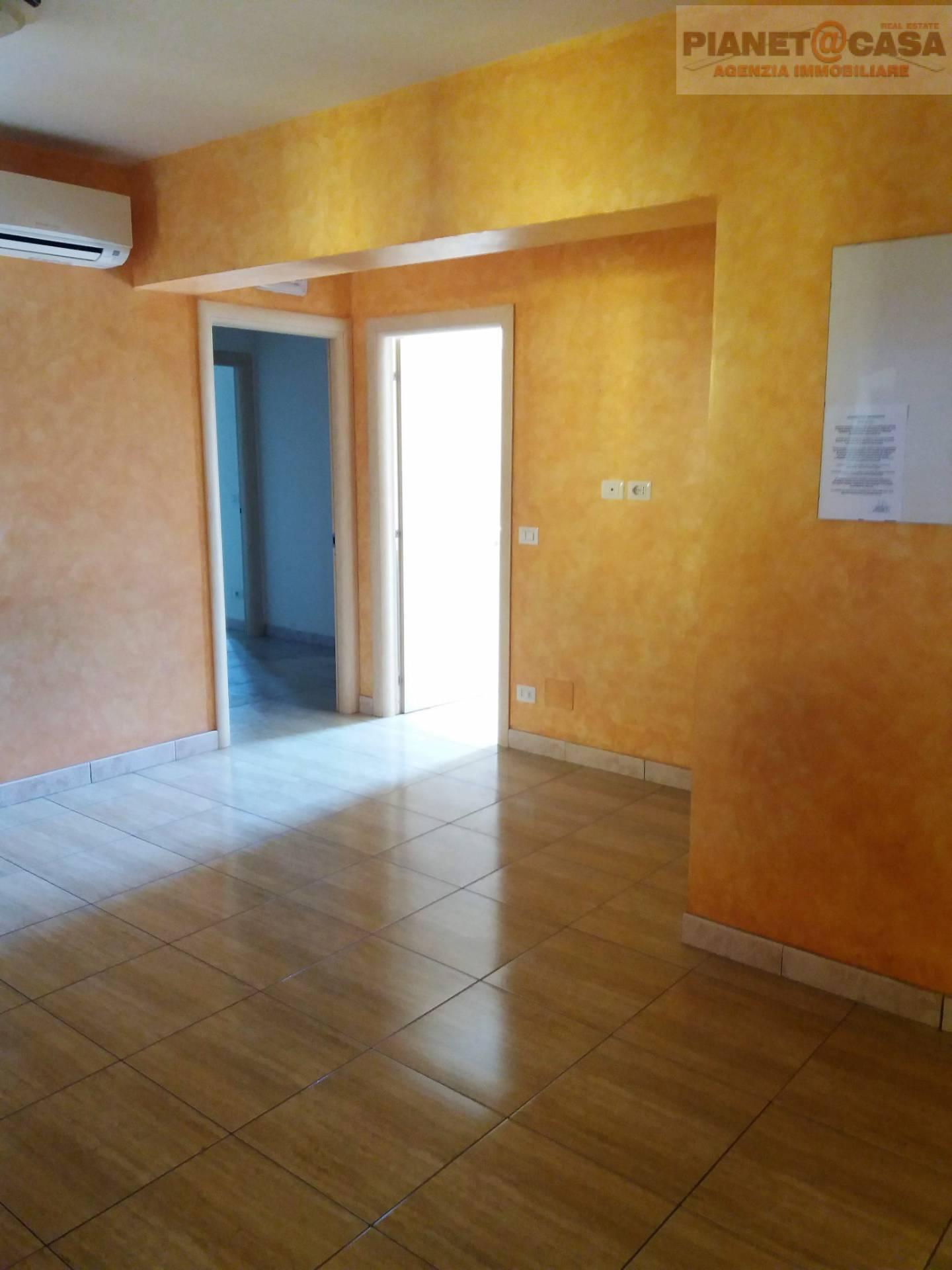 Appartamento in vendita a Spinetoli, 5 locali, zona Località: PAGLIAREDELTRONTO, prezzo € 129.000   CambioCasa.it