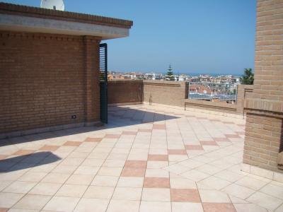 Porzione di villa bifamiliare in Vendita a San Benedetto del Tronto