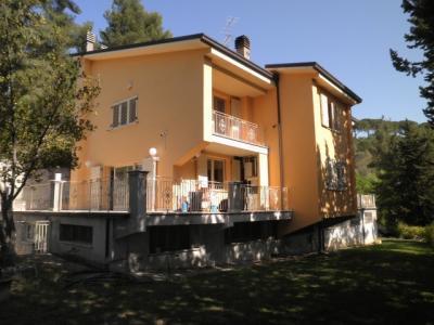 Ville e Indipendenti in Vendita a Ascoli Piceno