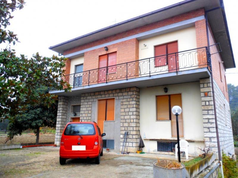 Villa in vendita a Ascoli Piceno, 8 locali, prezzo € 255.000 | Cambio Casa.it