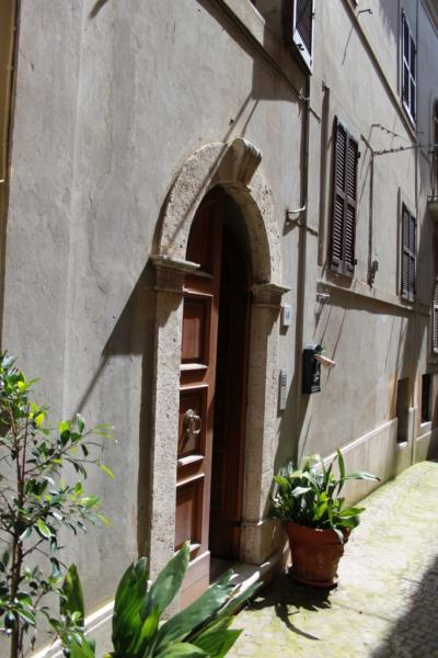 Appartamento in vendita a Monsampolo del Tronto, 8 locali, prezzo € 138.000   Cambio Casa.it