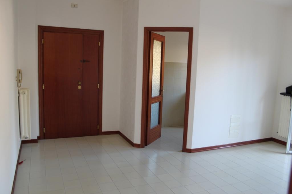 Appartamento in vendita a Ascoli Piceno, 5 locali, prezzo € 110.000 | Cambio Casa.it