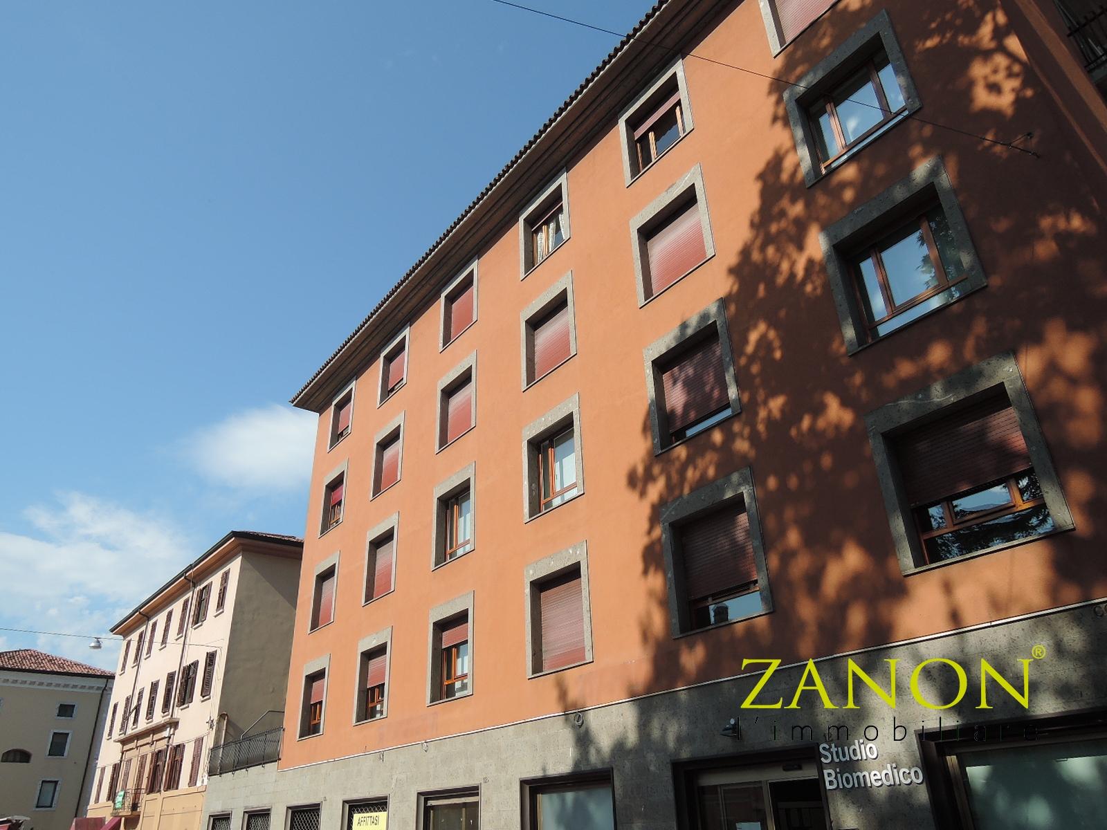 vendita appartamento gorizia centrale corsi  75000 euro  6 locali  78 mq