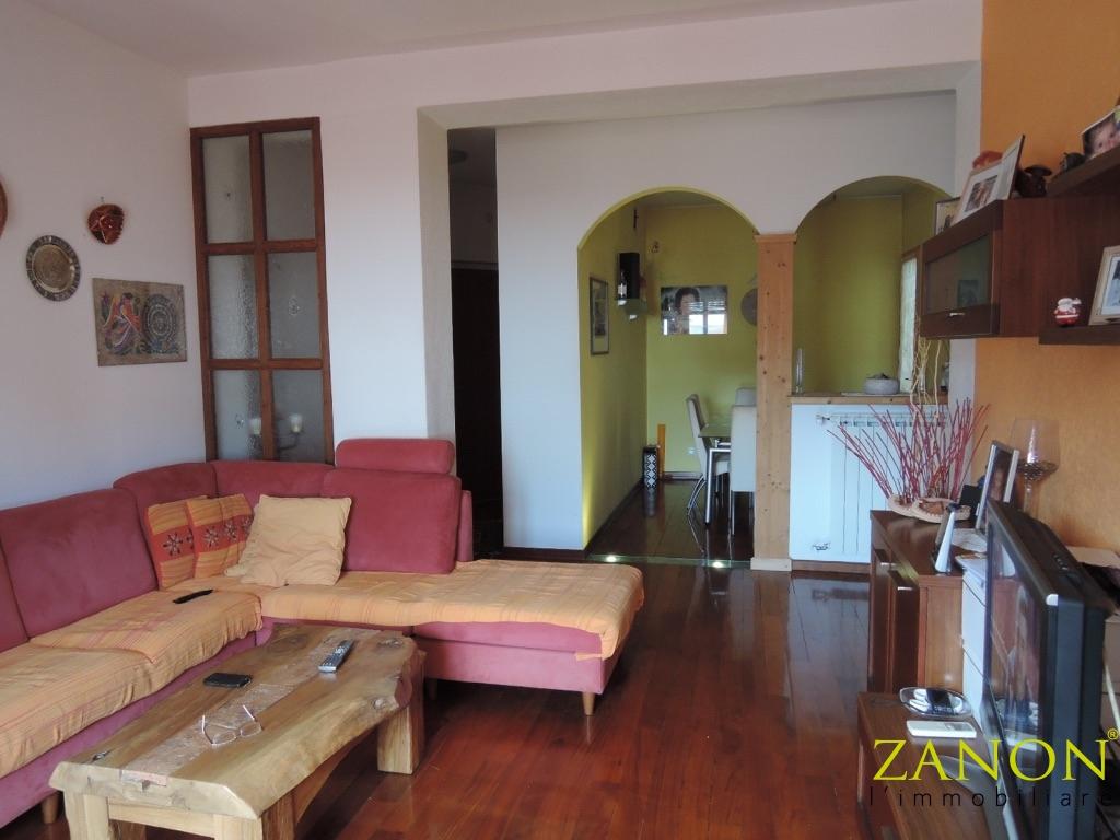 vendita appartamento gorizia centrale corsi  80000 euro  5 locali  75 mq